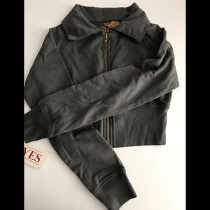 🧥YES girl's gray crop zip-up jacket NWT